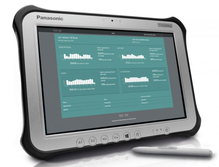 TOUGHBOOK G1 with Smart Service dashboard on screen
